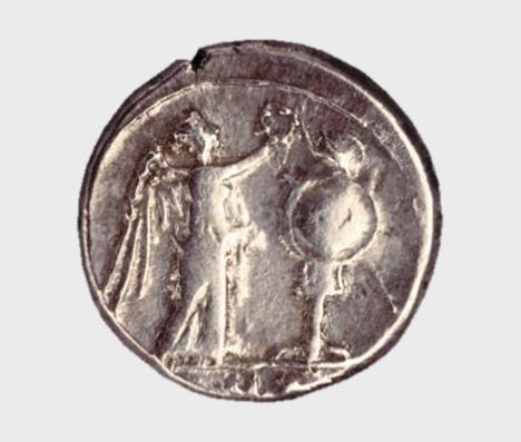 Αργυρός βικτωριάτος (victoriatus) Ρωμαϊκής Δημοκρατίας, περ. 211-205 π.Χ. Νομισματικό Μουσείο, Αθήνα.